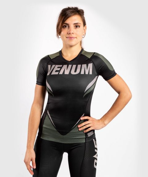 T-shirt de compression Venum ONE FC Impact - manches courtes - pour femme - Noir/Kaki